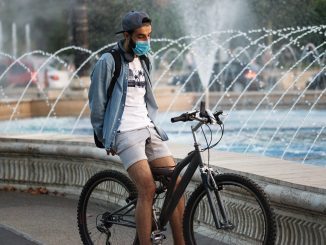 Per Auto, Fahrrad und zu Fuß: So bewegt sich Europa aktuell durch die Corona-Krise